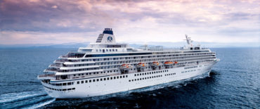960 passengers cruise vessel Crystal Harmony Knud E. Hansen Design